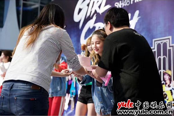 SNH48 7SENSES唱片答谢握手会圆满落幕 粉丝热情如火