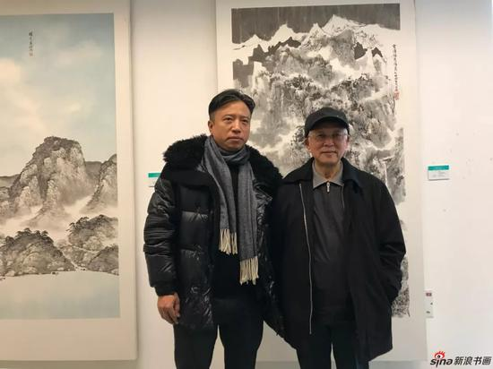 江苏省中国画学会副会长毛晓剑与周铁农先生合影留念